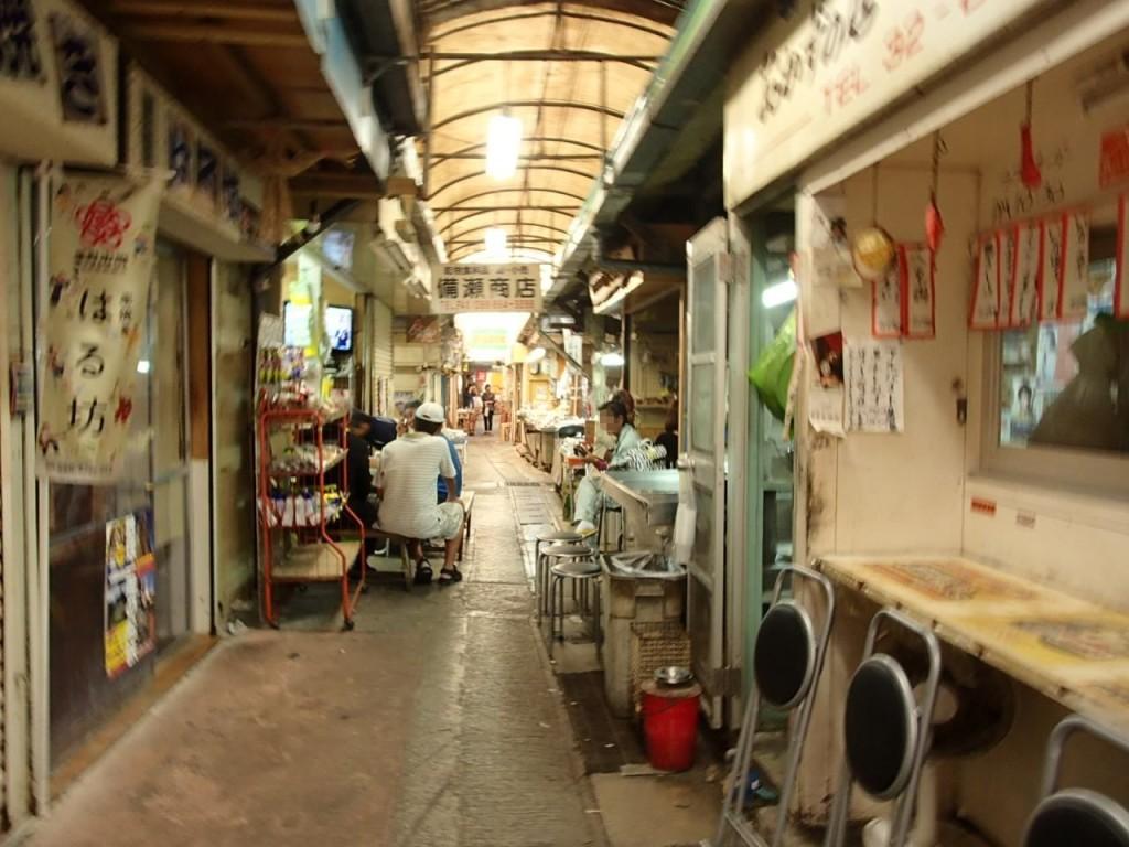 栄町市場内3