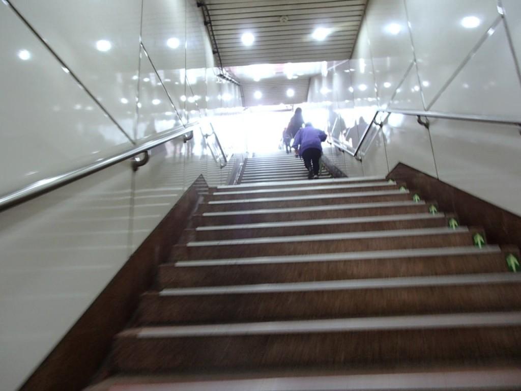 忠孝復興駅3