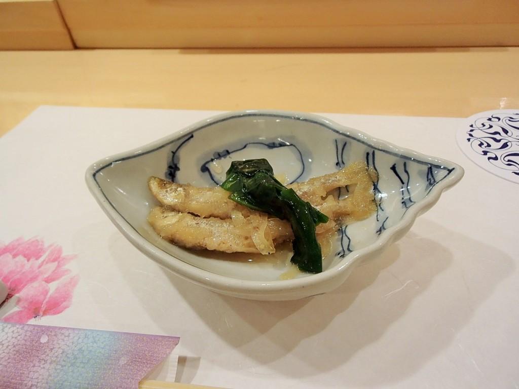 寿司割烹雛ワカサギの南蛮漬け
