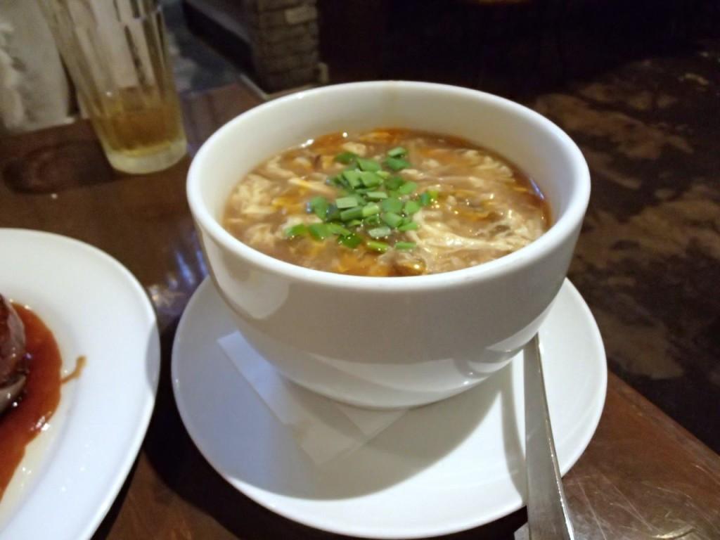 燕郷房の酸辣湯1