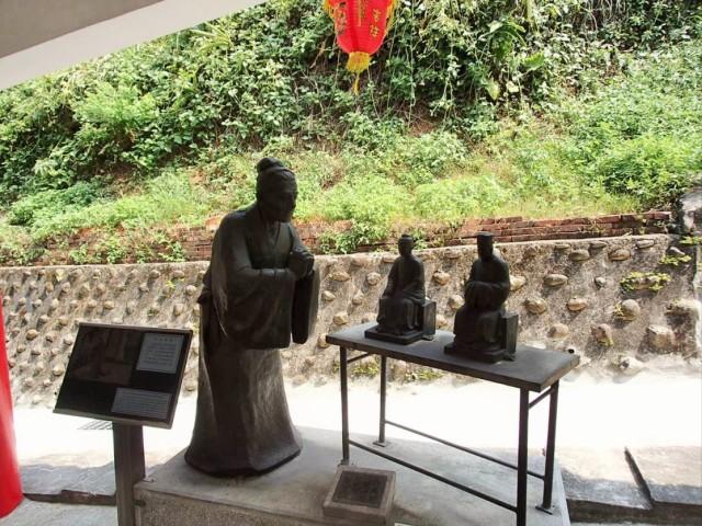 金剛宮の石像4