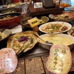 【那覇市 野の葡萄】地元のマダムが集うお店!お手頃沖縄料理ビュッフェです