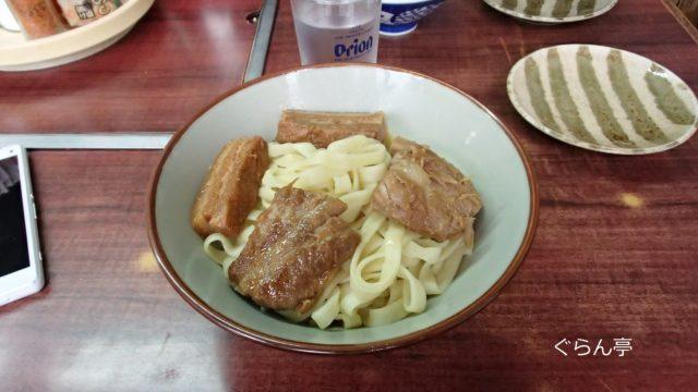 名護_八重食堂_ミックス沖縄そば_3