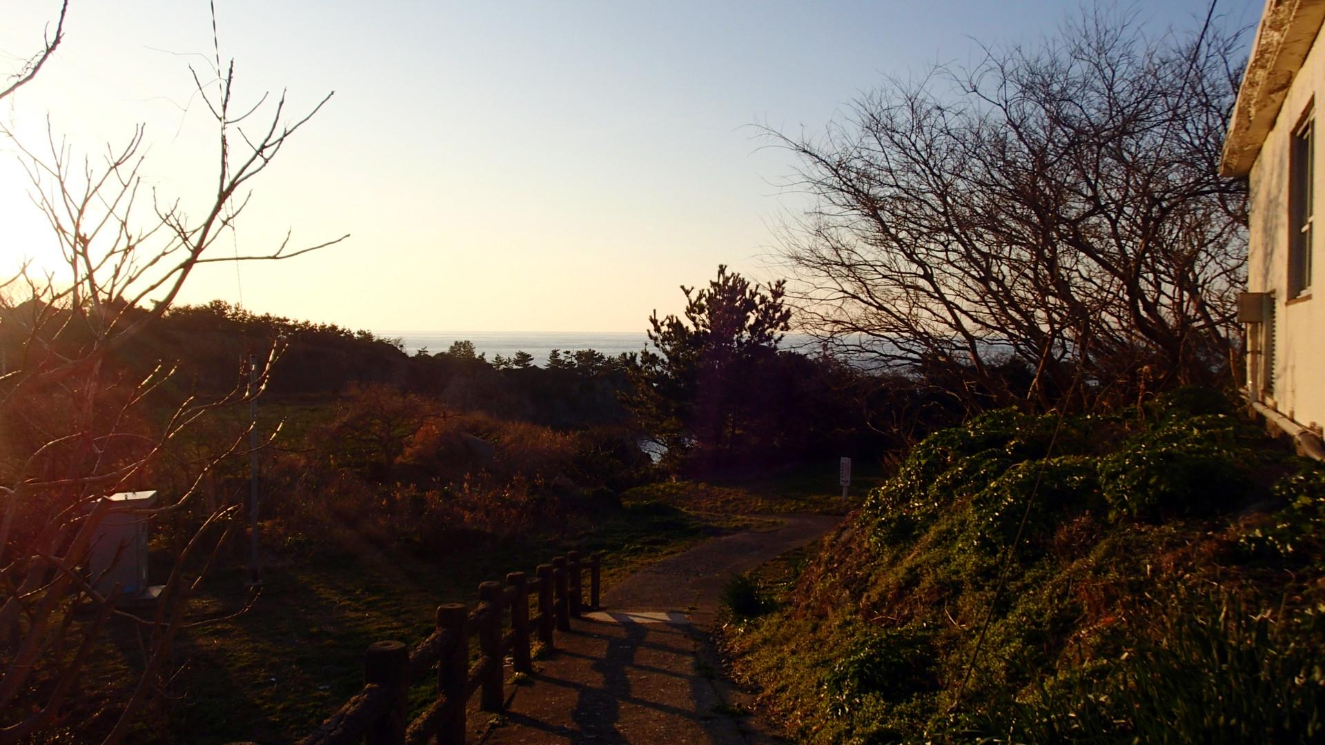 鷹巣荘_亀島遊歩道_日本海_2